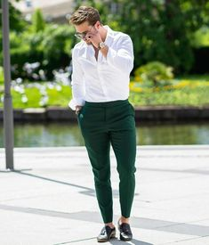 21 Latest Men Formal Outfit Rules that Will Simplify the Look – Men's style, accessories, mens fashion trends 2020 Outfit Hombre Formal, Formal Men Outfit, Semi Formal Outfits, Dress Casual, Hipster Style Outfits, Stylish Mens Outfits, Stylish Clothes For Men, Formal Dresses For Men, Men Formal
