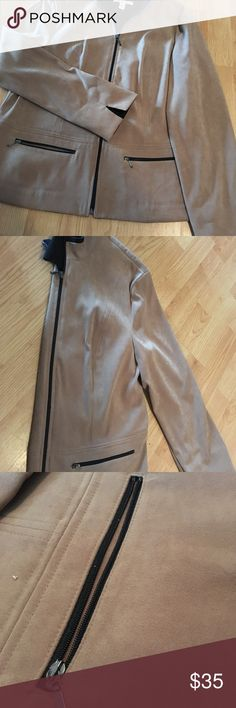 🍎weekend sale🍏JM Collection Size 8 jacket Tan suede jacket/ overcoat. Great condition! Partial lining on inside. Very slimming cut! Size 8. Dog friendly smoke free home. JM Collection Jackets & Coats