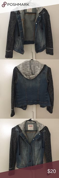 Jean / Sweatshirt Jacket Looks like the one from Free People. Good condition. So cute and comfortable. No trades. Mossimo Supply Co. Jackets & Coats Jean Jackets