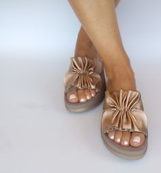 Platform gold sandals with flex sole technology, comfort leather sandals, ease shoes, anatomic women's sandals