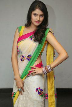 Kushi in saree photos at Ala Ela Audio release function Simple Sarees, Trendy Sarees, Stylish Sarees, Fancy Sarees, Moda Indiana, Sari Blouse Designs, Sari Design, Dress Designs, Saree Trends