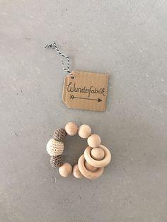 Rasseln & Greiflinge - Greifling beige/braun - ein Designerstück von Wunderfabrik2016 bei DaWanda