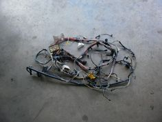 jeep wrangler tj wiring cross body harness 2005 p56050731ac oem jeep wrangler tj wiring cross body harness 2006 p56055140ab oem good used 2 4 4 0 fuse box