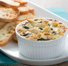 Essayez cette délicieuse recette de Trempette chaude aux épinards et au fromage asiago dès aujourd'hui !