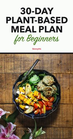 Plant-Based Meal Plan For Beginners Are you interested in moving to a whole-food plant-based diet? Our plant-based meal plan for beginners will walk you through everything you need to know to start on your plant-based journey. Plant Based Diet Meals, Plant Based Meal Planning, Plant Based Whole Foods, Plant Based Eating, Plant Based Dinner Recipes, Plant Based Diet Plan, Recipes Dinner, Plant Diet, Menu Planning
