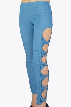 The bow trend is so HOT.. We have a great bow collection sorted out for you, leggings and jeans too! Check out this beautiful blue jeans skinny legging. Also available in grey with a little shine!  #2dayslook #trousers #leggings  www.2dayslook.com