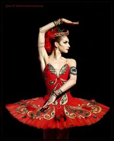 ZsaZsa Bellagio - Ekaterina Kondaurova in 'The Firebird'. Photo: Valeria Komissarova