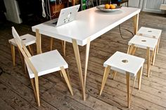 No S.tool and Por.Table - Sebastian Zachl