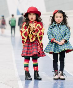 Poncho, frilly jacket, and boots equal fantastic fashion for kids / seoul-fashion-week-street-style-day-6-06