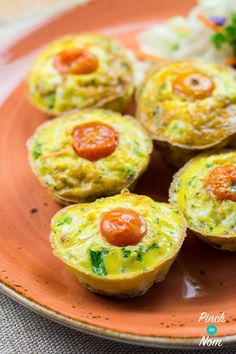 If you& like us and find Slimming World breakfasts can start to get a bit boring, then these Syn Free Cous Cous Breakfast Cups are a bit different. Breakfast Cups, Breakfast Recipes, Slimming World Breakfast, Pinch Of Nom, Vegan Gains, Couscous Recipes, How To Cook Ham, Syn Free, Quick And Easy Breakfast