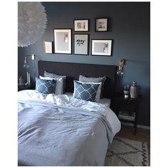 Jotun St Pauls blue St Pauls Blue, Blue Bedroom, Master Bedroom, Hm Home, Apartment Goals, Bedroom Inspo, Bedroom Ideas, Modern Kitchen Design, Rustic Interiors