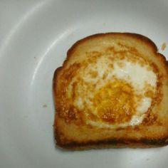 Receita de Sanduíche de ovo especial. Enviada por Fernanda Magalhães e demora apenas 5 minutos.
