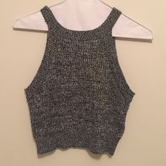 Cropped sweater Dark gray cropped sleeveless sweater in super soft material. Never been worn Tops Crop Tops