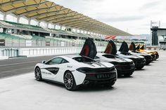 Pure McLaren Experience - TheGentlemanRacer.com