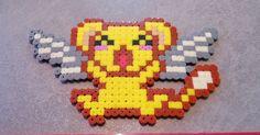 Une petite création de Kerobero la petite peluche jaune ailé du manga animé Sakura chasseuse de cartes en perler beads   Je me suis insp...