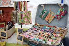 Trish Stitched Craft Show Booth Display - Handmade Bags Craft Stall Display, Craft Show Booths, Craft Booth Displays, Craft Show Ideas, Display Ideas, Booth Ideas, Purse Display, Quilt Display, Cath Kidston