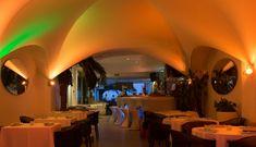 copas en valencia Valencia, Lighting, Home Decor, Breakfast Nook, Decoration Home, Light Fixtures, Room Decor, Lights, Lightning