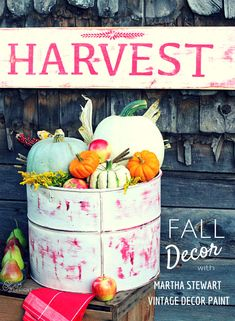 Fall decor ideas with New Martha Stewart Crafts® Vintage Decor Paint with a Matte Chalk Finish, Wax and Stencils in @MichaelsStores and great for #diy furniture, #crafts and home decor projects #plaidcrafts #marthastewart #marthastewartcrafts