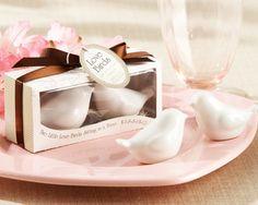 Dupa gust...mai trebuie puțină sare și piper! | Nuntă în grădină