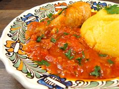 Ostropel de pui (Garlic tomato sauce and chicken) Serbian Recipes, Romanian Recipes, Baking Bad, Romanian Food, Lunches And Dinners, Soul Food, Food To Make, Chicken Recipes, Cooking Recipes