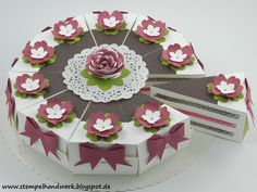 Torte+als+Geldgeschenk+zur+Hochzeit+/+Geburtstag+von+Stempelhandwerk+auf+DaWanda.com