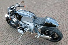 BMW R100R Cafe Racer by Kingston Custom #motorcycles #caferacer #motos   caferacerpasion.com