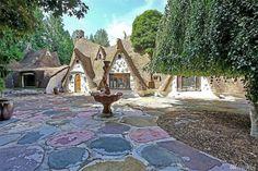 94 best cottages images in 2019 little cottages cottage homes rh pinterest com