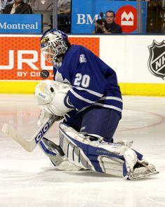 Ed Belfour w/ the Toronto Maple Leafs Ice Hockey Teams, Hockey Goalie, Hockey Stuff, Eddie Belfour, Nhl, Eddie The Eagle, Maple Leafs Hockey, Goalie Mask, National Hockey League