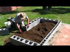 "VermiBag Ep 23 ""Making a Raised Bed Garden with Concrete Blocks"" – DIY Garten Box Garden Yard Ideas, Diy Garden Projects, Garden Boxes, Raised Planter Beds, Cinder Block Garden, Cinder Blocks, Building Raised Garden Beds, Concrete Blocks, Concrete Cost"