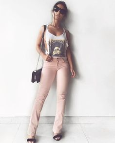 Pq um jeans é  um jeans né non ?! @vistablackjeans sempre presente nos meus looks !!
