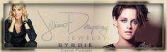 Jillian Dempsey Explica A Maquiagem De Kristen Stewart Para A Première De Camp X-Ray Em NY  Jillian Dempsey contou para o Site Byrdie sobre a criação e inspiração da maquiagem da diva e os produtos escolhidos, confira a seguir.