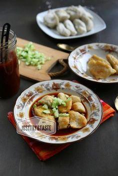 Resep Pempek Ayam JTT Asian Desserts, Asian Recipes, Ethnic Recipes, Indonesian Cuisine, Indonesian Recipes, All U Can Eat, Snack Recipes, Cooking Recipes, Snacks