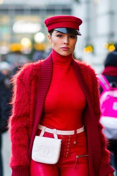 Street Style - New York City - November 2017
