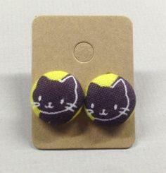 5/8 Size 24 Kitty Cat Fabric Covered Button Earrings by RatDogInk