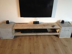 diy dj m bel aus ikea s besta serie turntable und and tables. Black Bedroom Furniture Sets. Home Design Ideas