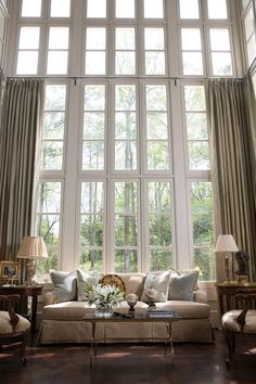 Patricia McLean Interiors is an interior design group based out of Buckhead assisting with home decor, including bedrooms, dining rooms and living rooms. Style At Home, Home Living Room, Living Spaces, Room Deco, Sweet Home, Interior Architecture, Interior Design, Piece A Vivre, Beautiful Interiors