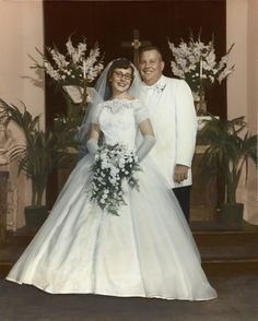 Vintage Brides — 1960 newlyweds, together today years Vintage Wedding Photos, Wedding Dresses Photos, Wedding Dress Trends, Vintage Bridal, Wedding Attire, Wedding Bride, Wedding Gowns, Vintage Weddings, Wedding Pictures