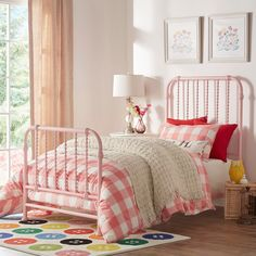 Gulliver Vintage Antique Spiral Twin Iron Metal Bed by IQ KIDS by iNSPIRE Q Bold | Overstock.com Shopping - The Best Deals on Kids' Beds
