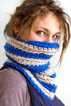 Rasta Girl, Beautiful Dreadlocks, Crochet Turtle, Dreads Girl, Black Rope, Loop Scarf, Neck Scarves, Locs, Infinity