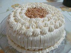 glacê-de-leite-condensado-trufado Food Cakes, Bolos Cake Boss, Cupcakes, Love Cake, Baking Tips, I Foods, Vanilla Cake, Mousse, Cake Recipes