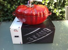 Gloudemans Koken en Kado: de tomatenpan van Staub nu bij Gloudemans koken en kado Uden!