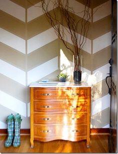 DIY Home : DIY Stripe Wall