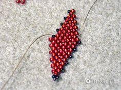 Tutorial- Russian Leaf- listek z koralików Beading Projects, Beading Tutorials, Leaf Earrings, Beaded Earrings, Peyote Stitch, Seed Beads, Projects To Try, Weaving, Leaves