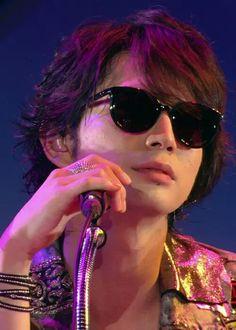 Matsujun Types Of Guys, Japanese Beauty, Sunglasses Women, Eye Candy, Handsome, Actors, Boys, People, Live