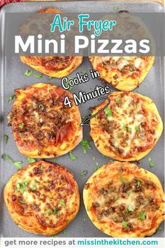 Air Fryer Recipes Pizza, Air Frier Recipes, Air Fryer Dinner Recipes, Easy Dinner Recipes, Yummy Recipes, Great Recipes, Mini Pizza Recipes, Dishes Recipes, Mini Pizzas