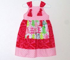 Hey, I found this really awesome Etsy listing at https://www.etsy.com/listing/165584550/toddler-girls-christmas-knot-dress-size