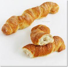 Gizi-receptjei. Várok mindenkit.: kenyér Hot Dog Buns, Hot Dogs, Bread Rolls, Street Food, Bread Recipes, Sausage, Meat, Rolls