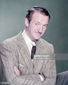 153480599-english-actor-david-niven-circa-1950-gettyimages.jpg (475×594)