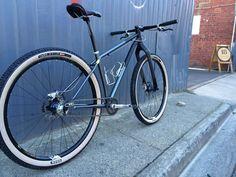 Single Speed Mountain Bike, Mountain Biking, Mtb Bike, Cycling Bikes, Bicicletas Cannondale, Off Road Bikes, Speed Bike, Bike Art, Cool Bicycles