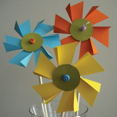 Flower Pinwheels Spring Crafts For Kids, Paper Crafts For Kids, Summer Crafts, Diy Paper, Summer Fun, Cute Crafts, Crafts To Do, Craft Activities, Preschool Crafts